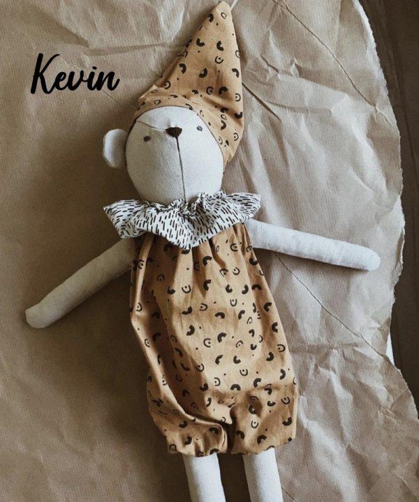 Poupée en tissu fait main Kevin - Luna Room
